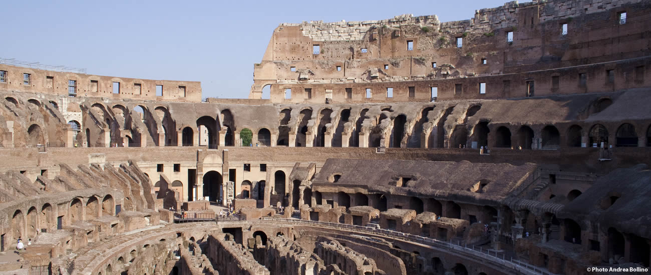 Colosseo interno Roma
